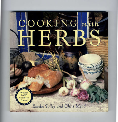 Cooking with Herbs. Emilie Tolley, Chris Mead.